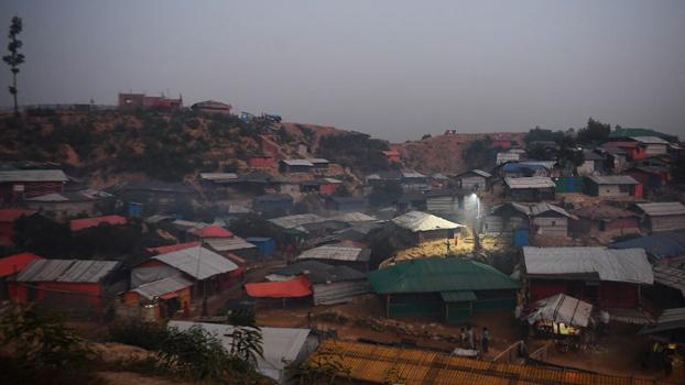 ဘင်္ဂလားဒေ့ရှ်နိုင်ငံ ကုတုပလောင်ဒုက္ခသည်စခန်းကို တွေ့ရစဉ်