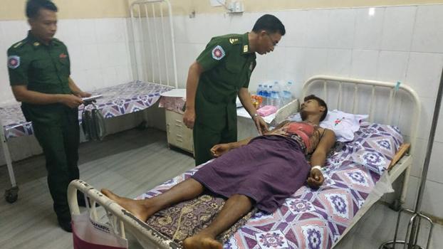 ရသေ့တောင်မြို့နယ် ကျောက်တန်းကျေးရွာက ဒဏ်ရာရသူကို စစ်တွေဆေးရုံမှာ ၂၀၁၉ မေလ ၂ ရက်နေ့က တွေ့ရစဉ်
